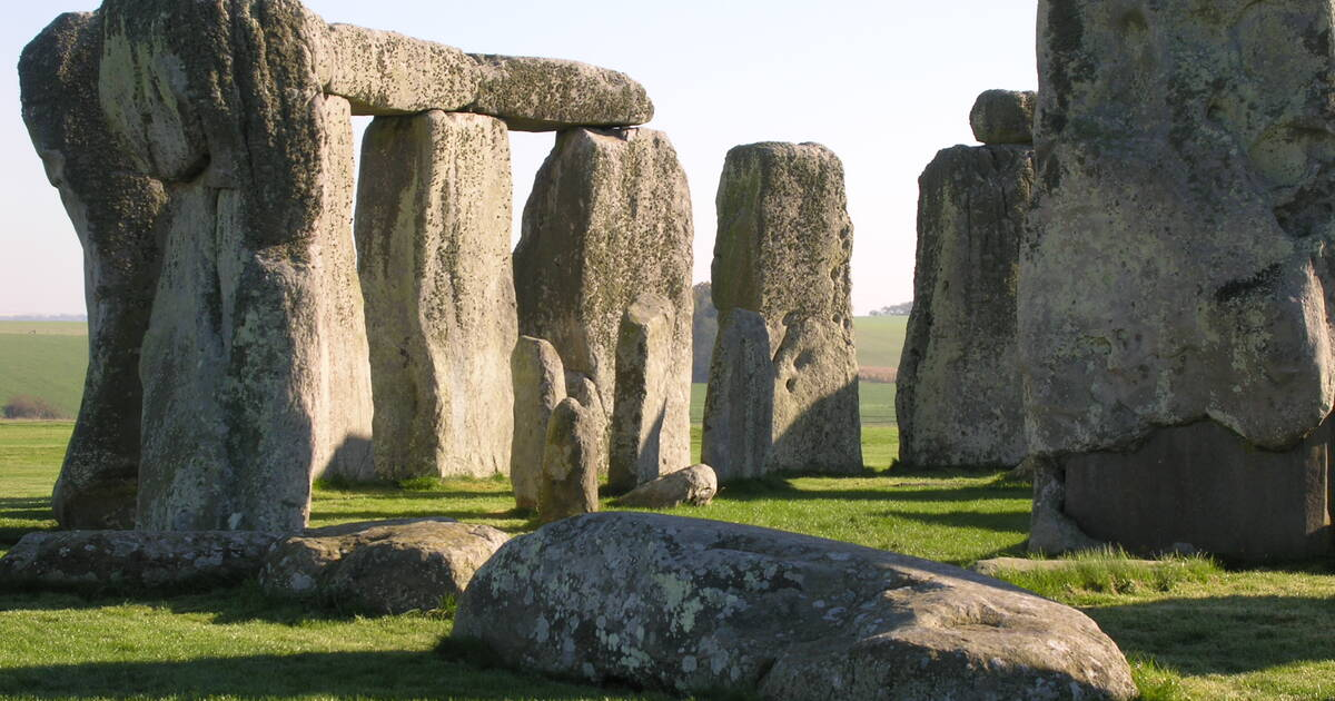 unesco world heritage centre state of conservation soc 2004 stonehenge avebury and. Black Bedroom Furniture Sets. Home Design Ideas