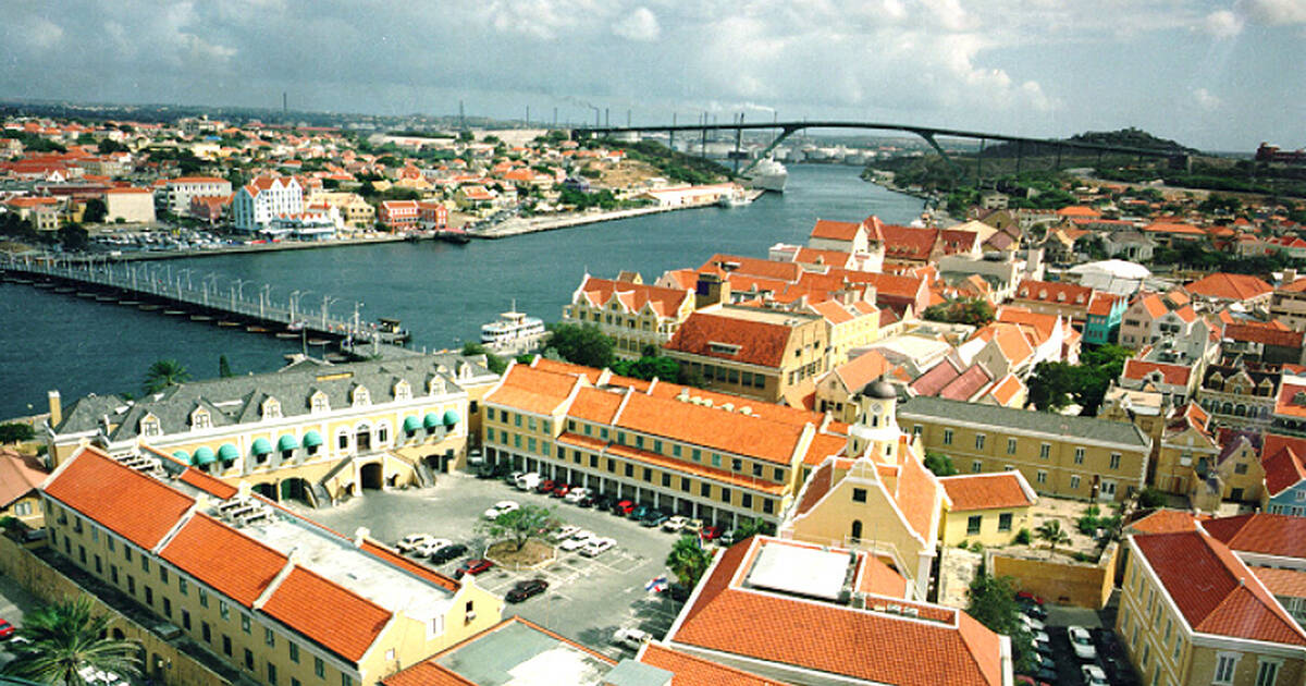 Historic Area of Willemstad Inner City and Harbour Curaccedilao