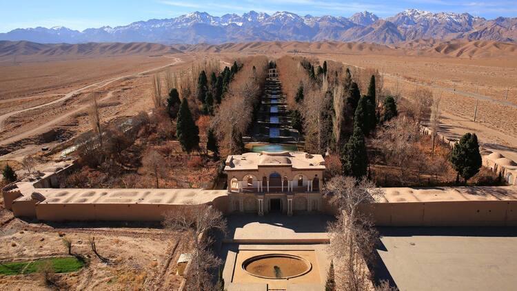 Картинки по запросу See the Ancient Water Tunnels Below Iran's Desert
